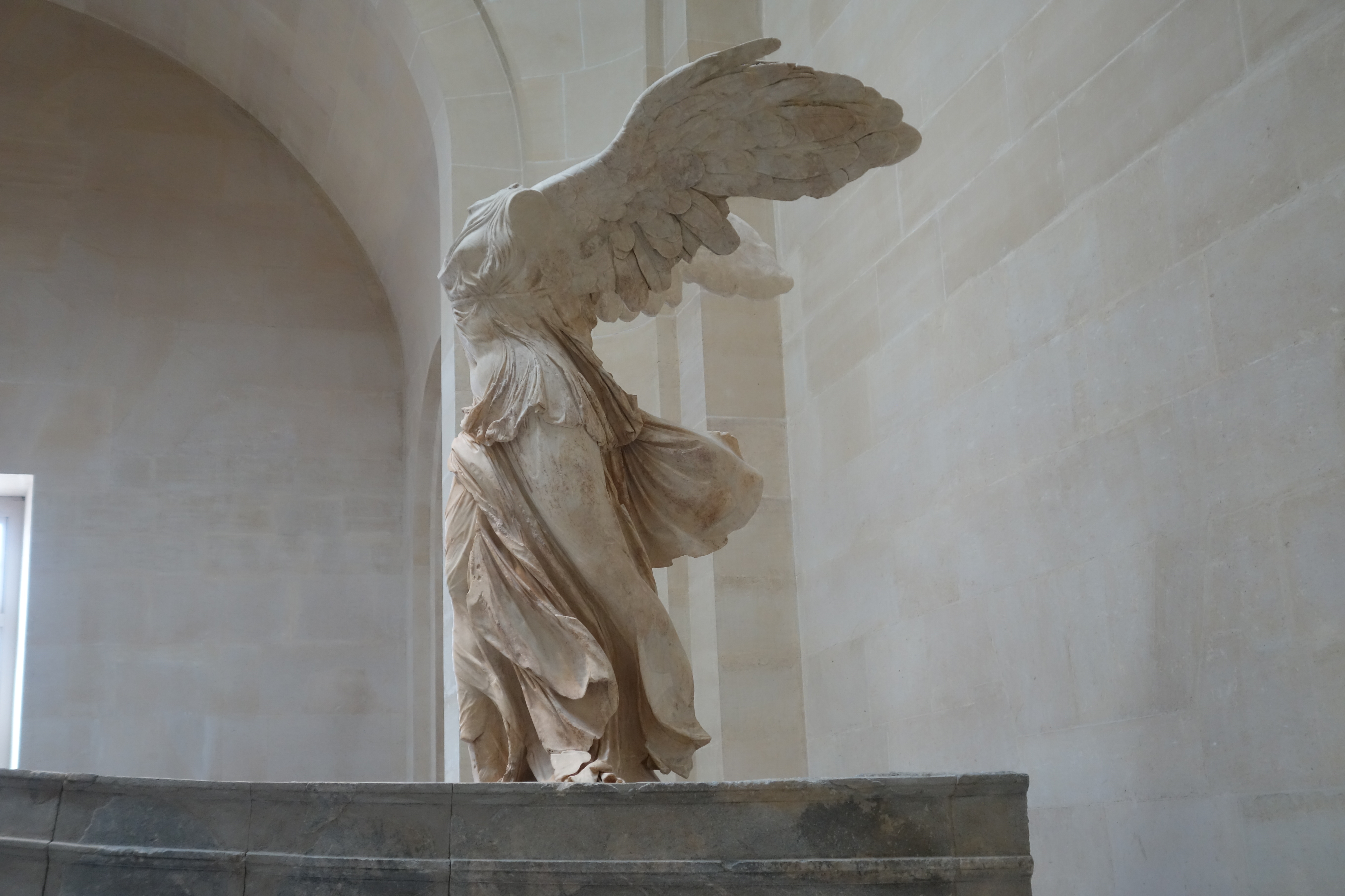 200 BC / Winged Victory of Samothrace, Louvre